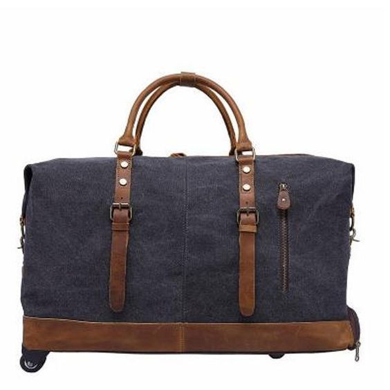 Waxed canvas and leather weekender bag for men - Impress your husband or boyfriend this Christmas with a handsome bag perfect for a weekend getaway!