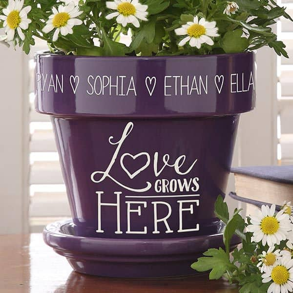 Last Minute Gifts for Her - Delight her with a lovely personalized flower pot that features up to 5 names or words etched on the rim.  The words are separated by a heart to create a gift she'll love using either indoors or out.