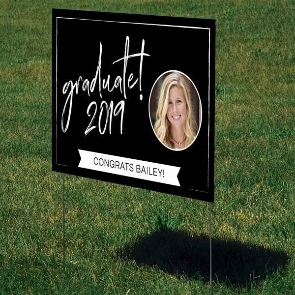 Graduation Yard Sign - Let everyone know how proud you are of your grad (and let them know the party is here) with a festive yard sign.   #FINDinista #gradpartydecor #graduationpartyideas