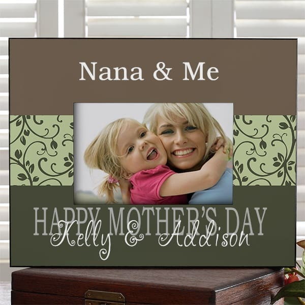 Nana Picture Frame - Adorable personalized picture frame is a great way for Nana to show off a favorite photo! Choose from 4 gorgeous colors and add 3 lines of your own loving message. A fabulous Mother's Day, birthday or Christmas gift Nana will love! #FINDinista #nanagifts #nanapictureframe