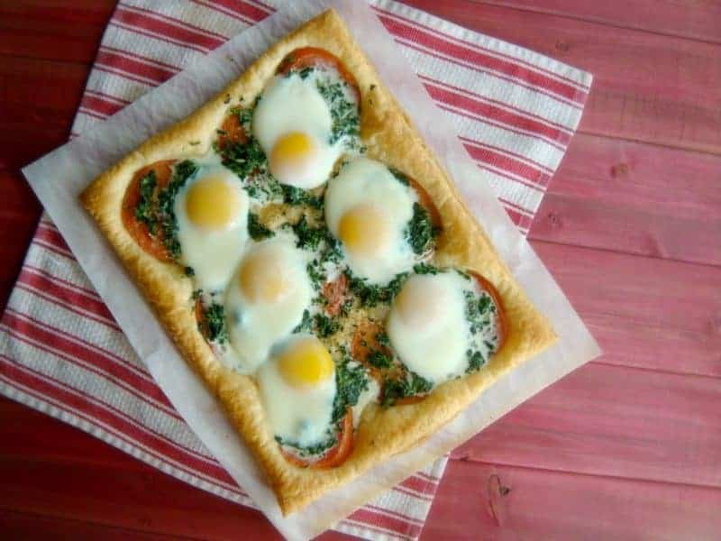 Scrumptious egg and tomato breakfast pizza is a sure hit on Mother's Day!