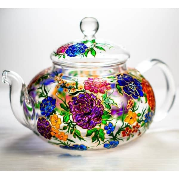 Christmas Gifts for Mom from Daughter - Warm Mom's heart with a beautiful handpainted teapot!  Shop 25+ awesome gifts to Mom from her daughter now.